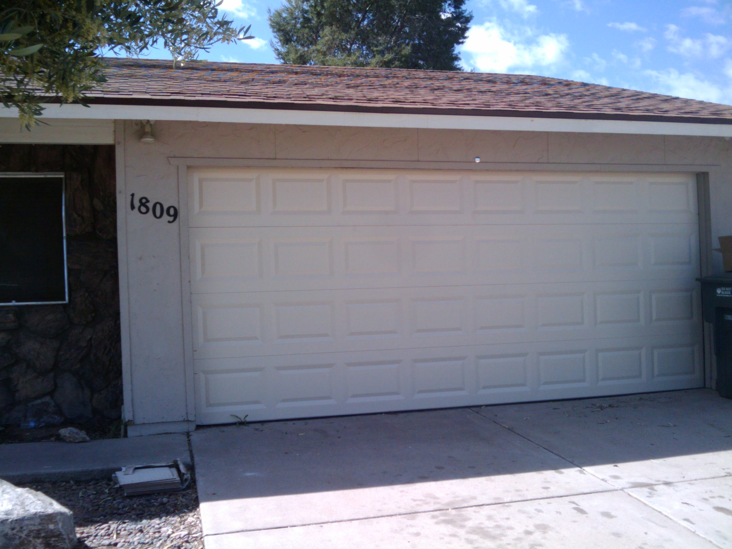 Inspect garage door for maintaining its functions