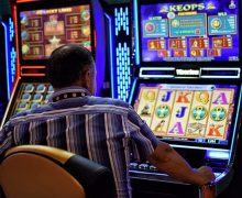 What Are Some Crucial Things One Should Know About Online Casino Games?
