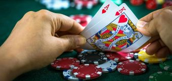 Game Of Poker: When To Bet And How Much?
