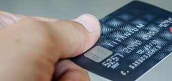 Considerable things people should always keep in mind while taking the credit card services!!