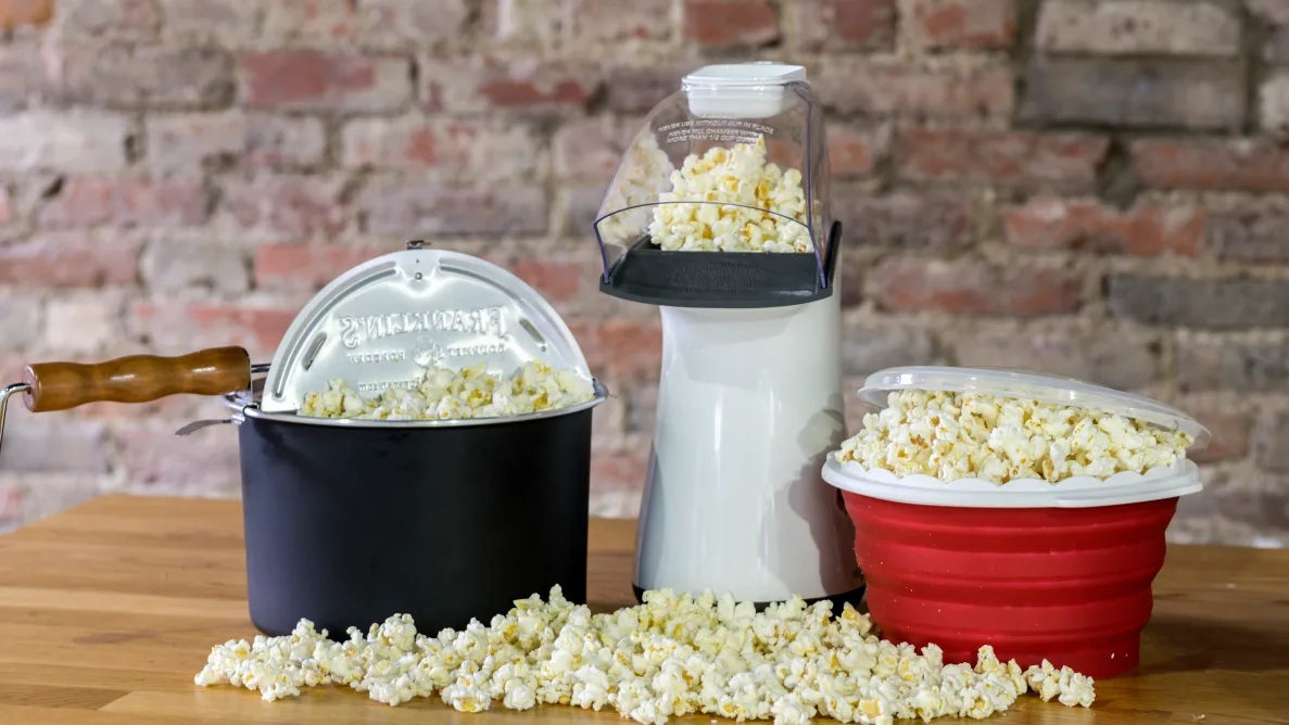 The Features Of Stovetop Popcorn Poppers